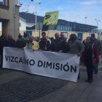 Más de 200 personas se manifiestan en Luarca contra la planta de mejillones