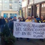 Protesta en Allande por los recortes en el servicio de Correos