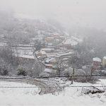 Nieve en el barrio de Santiso, en Cangas del Narcea
